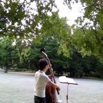 高田馬場(西早稲田)の戸山公園で楽器の練習をしました。ウッドベース編